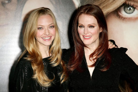 amanda seyfried julianne moore chloe. Amanda Seyfried and Julianne