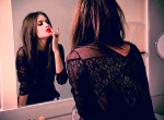 fashion-girl-lipstick-mirror-red-Favim.com-94121_large