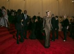 368266-singer-miley-cyrus-arrives-at-the-metropolitan-museum-of-art-costume-i